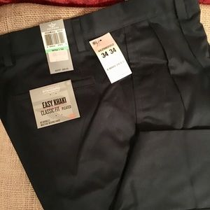 Men's navy dockers new with tags 34 x 34